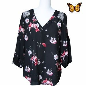 Kismet 3/4 Sleeve Blouse with Floral Print Size Extra Small